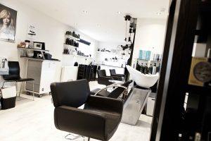 Lækker frisørsalon hos CutDeLuxe i Kolding